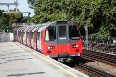 Treno sotterraneo del tubo di Londra Immagini Stock Libere da Diritti