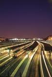 Treno sulla stazione Immagini Stock Libere da Diritti