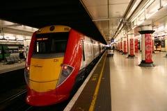 Treno sulla stazione, Londra Immagine Stock Libera da Diritti