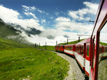 Treno in Svizzera (Oberalppass) Immagini Stock