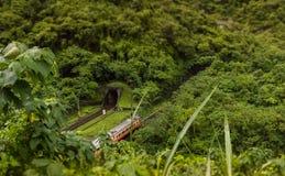 Treno in Taiwan fotografia stock libera da diritti