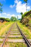 Treno V concentrata piste dell'alpeggio di Haputale Fotografia Stock