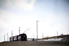 Treno a vapore sulla montagna Immagini Stock