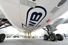 Trens de aterrissagem e lado de baixo de Airbus A350-900 XWB em Singapura Airshow Foto de Stock
