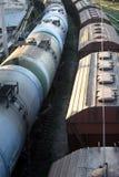 Trens do petróleo e do carvão fotografia de stock royalty free