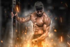 Trens irritados do atleta no gym Fotos de Stock Royalty Free
