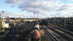 Trens na estação de trem Fotos de Stock