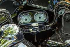 Trento Juli 22, 2017: emblem och detaljer av den berömda Harley Davidson motorcykeln Tappning och retro filtereffekt Royaltyfri Fotografi