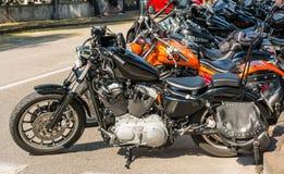 Trento Juli 22, 2017: Visa klassiska motorcyklar Motorcykeldeldetaljer tappningfiltereffekt Royaltyfri Fotografi