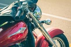 Trento, le 22 juillet 2017 : Montrez les motos classiques La moto partie des détails effet de filtre de vintage Image stock