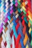 Trenza multicolora de las lanas imágenes de archivo libres de regalías