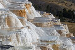 Treppe bei Mammoth Hot Springs lizenzfreie stockbilder