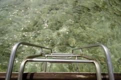 Treppe in das Meer Stockfotografie