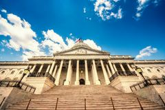 Treppe, die zum Kapitol-Gebäude Vereinigter Staaten im Washington DC - Ostfassade des berühmten US-Marksteins führt Stockbilder