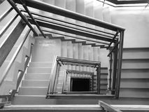 Treppe Künstlerischer Blick in Schwarzweiss Stockfotos