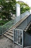 Treppe von der Überführung Stockfotos