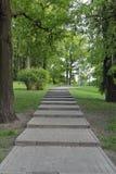 Treppen im Park Lizenzfreies Stockfoto