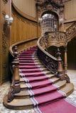 Treppen mit Teppichstreifen Lizenzfreies Stockfoto