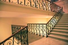Treppen und Richtung Stockbilder