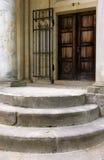 Treppen und Türen lizenzfreies stockbild