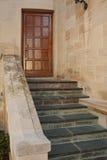 Treppen und Ziegelsteine an der Villa Stockbild