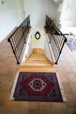 Treppen unten Stockfoto