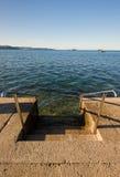 Treppen in Wasser Stockfoto