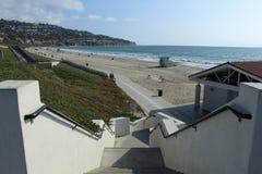 Treppenhaus, das unten zu Torrance State Beach, Los Angeles County, Kalifornien führt Stockfotos