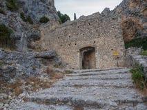 Treppenhaus, das zu eine Kapelle führt stockfotos