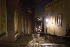 Treppenhaus der alten Stadt lizenzfreies stockfoto