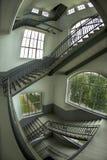 Treppenhaus in der Esher Art Lizenzfreie Stockbilder