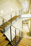 Treppenhaus in einem Innenraum Lizenzfreies Stockbild
