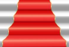Treppenhaus mit rotem Teppich Stockbild