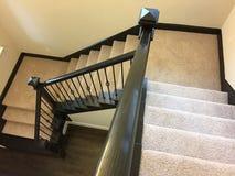 Treppenhaus vom Eintritt zum zweiten Stock Stockbild