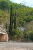 Treppenhaus zum Eisenbahntunnel im Berg, HDR Stockbilder