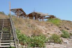 Treppenhaus zum Himmel an der Küste lizenzfreie stockfotos