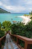 Treppenhaus zum Meer auf Koh Lipe-Insel Lizenzfreie Stockfotos