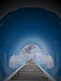 Treppenhaus zum Mond Stockbild