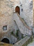 Treppenhaus zur Tür Stockfotos