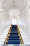 Treppenhausschacht im polnischen Palast. stockfotografie