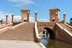 Trepponti dans Comacchio, Italie Photos libres de droits
