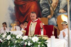 Trepuzzi, Italy 20-05-2018 Katolicki Pierwszy komunia świętowanie Zdjęcie Royalty Free