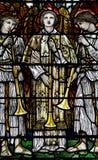 Tres ángulos con las trompetas en vitral Imagenes de archivo