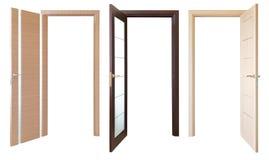 Tres abren las puertas de madera, aisladas Foto de archivo