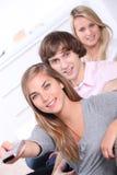 Tres adolescentes en casa Fotografía de archivo libre de regalías