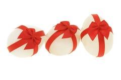 Tres adornaron los huevos de Pascua fotos de archivo libres de regalías