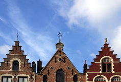 Tres azoteas en Brujas, Bélgica Fotos de archivo