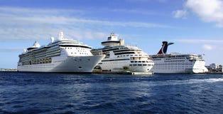 Tres barcos de cruceros Fotos de archivo libres de regalías