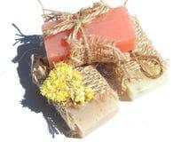 Tres barras de jabón con la sombra en el fondo blanco fotografía de archivo libre de regalías