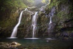 Tres caídas del oso o Waikuni superior cae en el camino a Hana en M Imagen de archivo libre de regalías